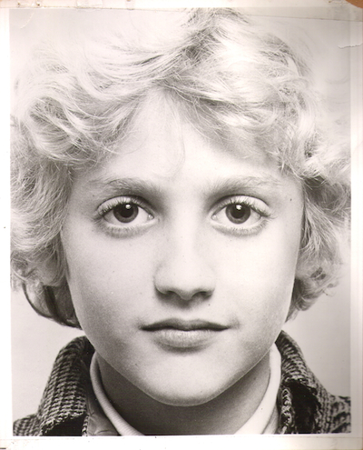 headshot of young actor Alex Winter