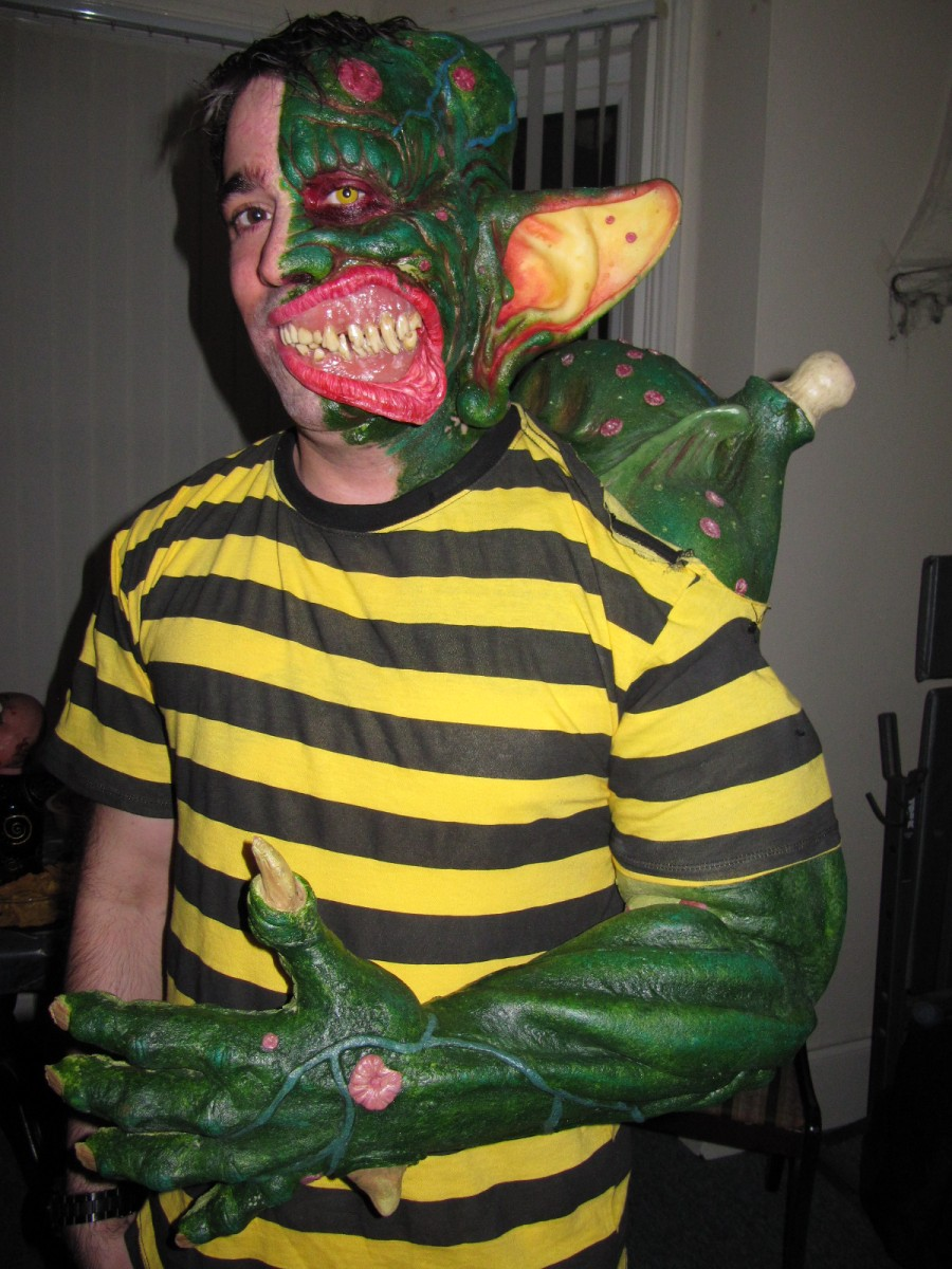 Fan goes all-out in Ricky Coogin costume from the cult film Freaked